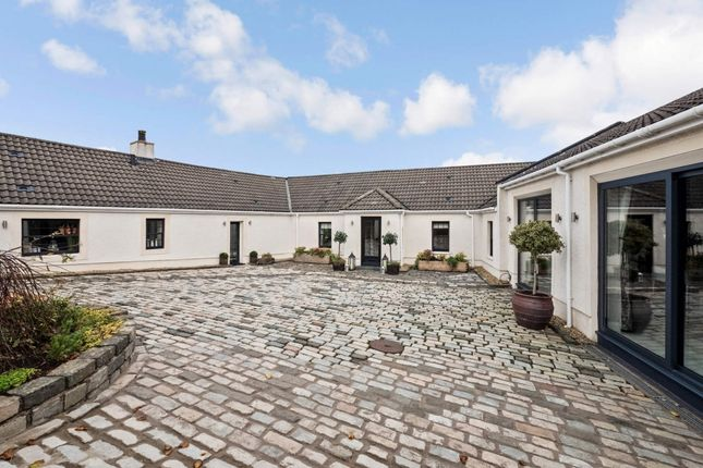 Thumbnail Detached bungalow for sale in Rosemere Cottage, Braehead Road, Thorntonhall