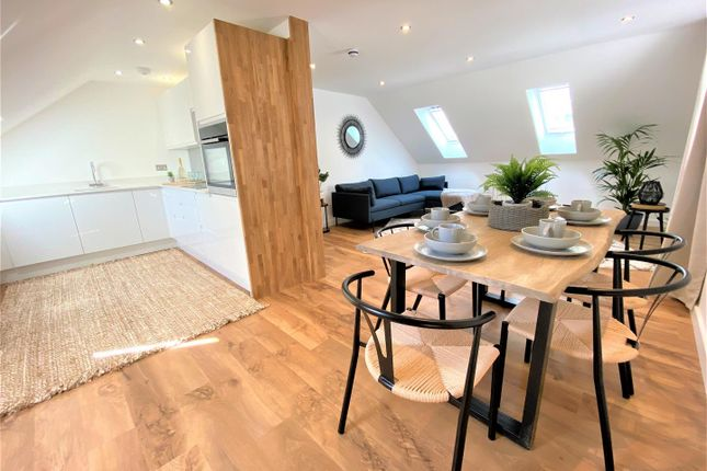 Thumbnail Flat for sale in Edgcumbe Gardens, Newquay