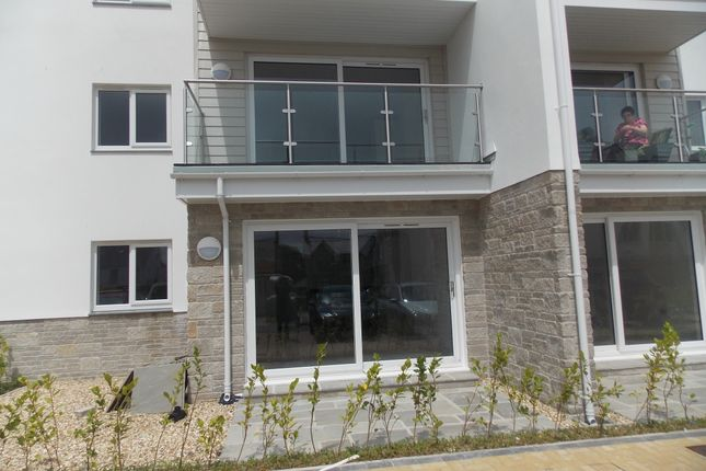 2 bed flat to rent in Alexandra Road, St. Austell PL25