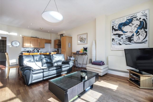 Thumbnail Flat for sale in Bunhill Row, Clerkenwell, London