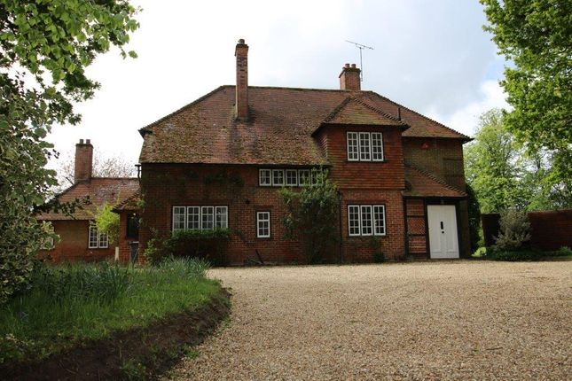 Thumbnail Country house to rent in Newnham Road, Newnham, Hampshire