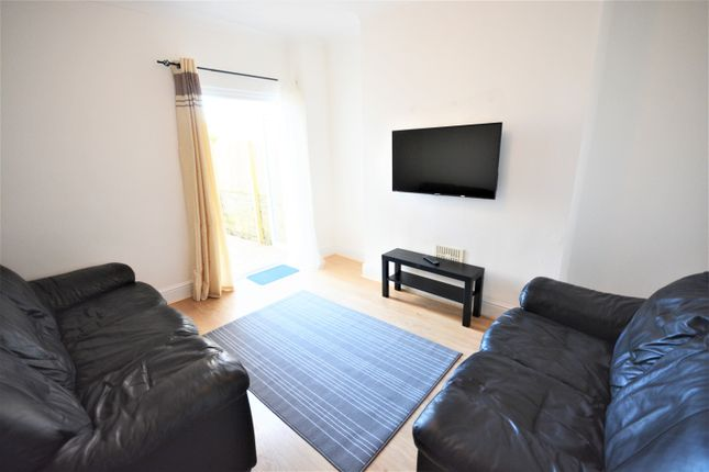 Thumbnail Property to rent in Danygraig Road, Port Tenant, Swansea