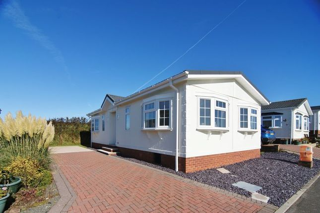 Thumbnail Mobile/park home for sale in Lakeland View Country Park, Nethertown, Egremont