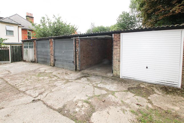 Property for sale in Avenue Road, Warley, Brentwood