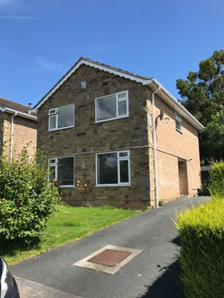 Detached house to rent in Bilsdale Way, Bradford