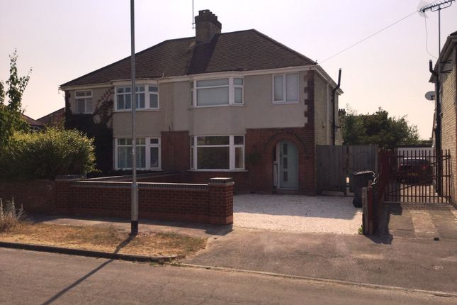 Thumbnail Semi-detached house to rent in Chesterfield Road, Cambridge