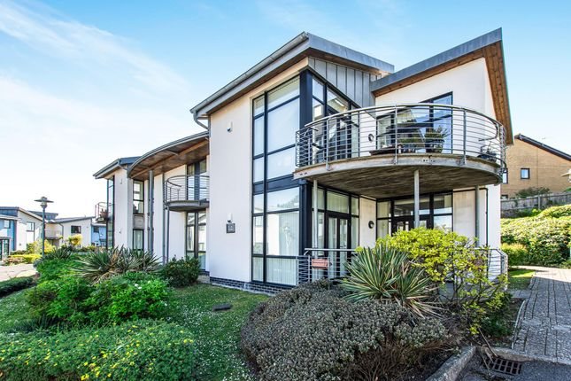 Thumbnail Flat to rent in Y Cerigos, The Knapp, Barry