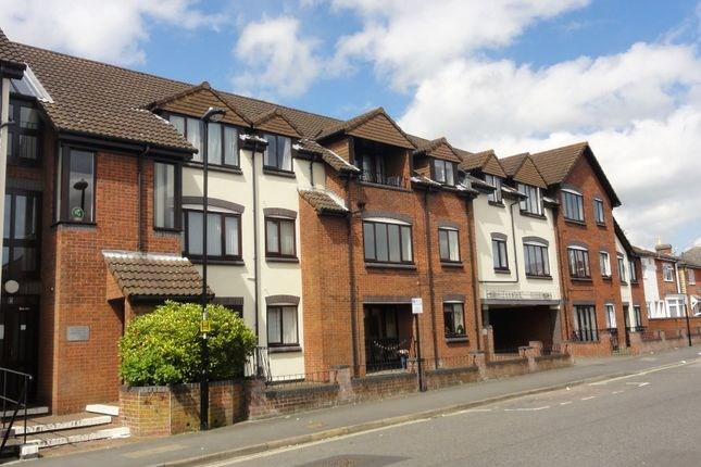Thumbnail Flat for sale in Alexander Court, Park Road, Freemantle, Southampton, Hampshire