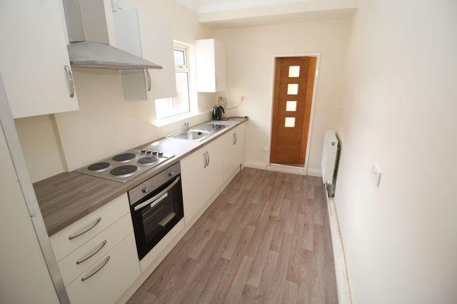 2 bed property to rent in Bentley Road, Bentley, Doncaster DN5