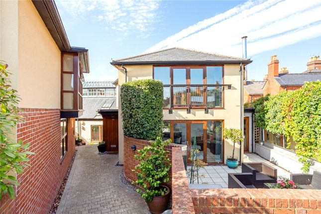 Thumbnail Detached house for sale in Queen Street, Henley-On-Thames