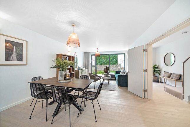 Thumbnail End terrace house for sale in Tottenham Lane, Crouch End, London