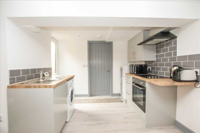 Thumbnail Flat for sale in Monks Road, Lincoln