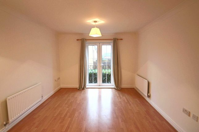 Thumbnail Flat for sale in Honiton Gardens, Mill Hill
