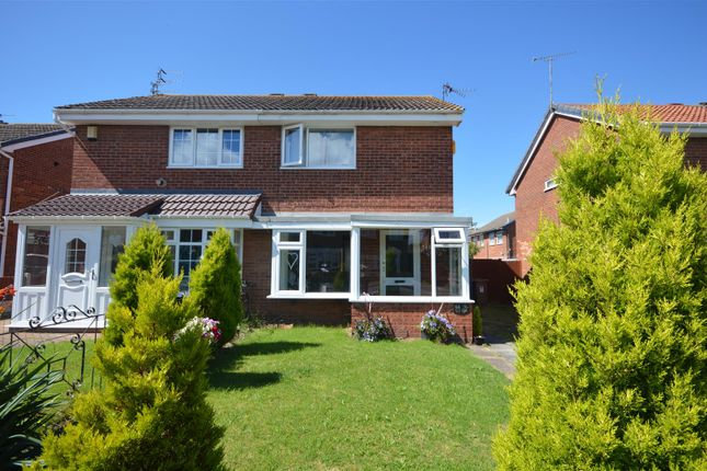 2 bed semi-detached house to rent in Alnwick Drive, Moreton, Wirral