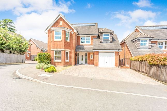 Thumbnail Detached house for sale in Jubilee Walk, Kings Langley