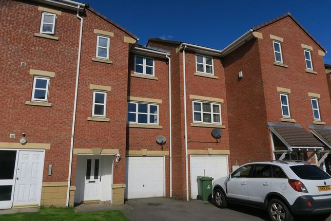 Thumbnail Town house for sale in Meadowbrook Court, Morley, Leeds