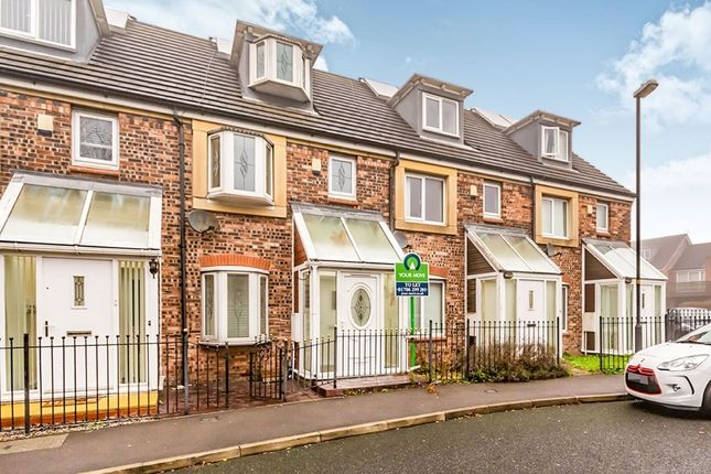 Thumbnail Terraced house to rent in Cardigan Road, Oldham