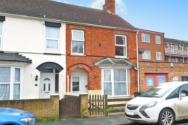 End terrace house for sale in Cavendish Road, Skegness