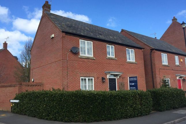 Thumbnail Cottage to rent in Coton Park Drive, Rugby