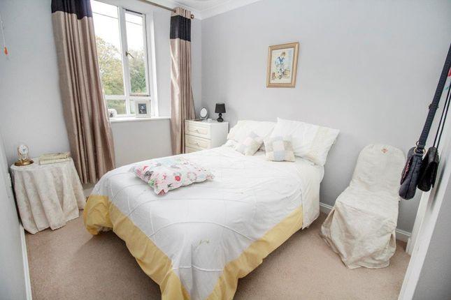 Bedroom of Overton, Basingstoke RG25