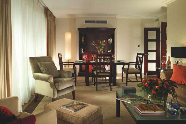 Thumbnail Flat to rent in Ashburn Pl, Kensington