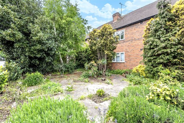 Picture No. 18 of Addington Road, West Wickham BR4