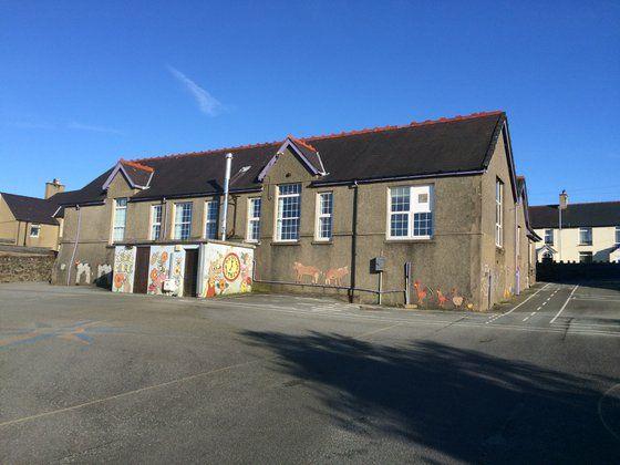 Thumbnail Detached house for sale in Carmel, Caernarfon