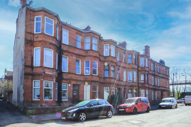 Thumbnail Flat for sale in Clifford Place, Cessnock, Glasgow