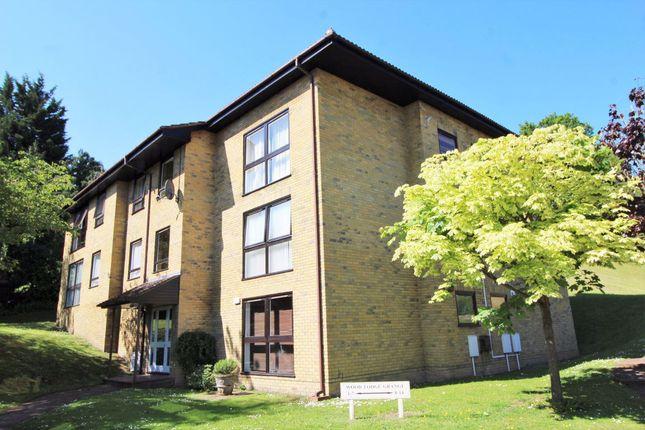 Thumbnail Flat to rent in Wood Lodge Grange, St. Johns Hill, Sevenoaks
