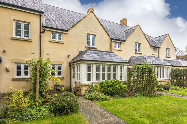 Thumbnail Terraced house to rent in Church Green, Witney