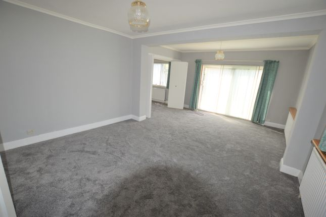 Thumbnail Detached house to rent in The Crossways, Heston, Hounslow