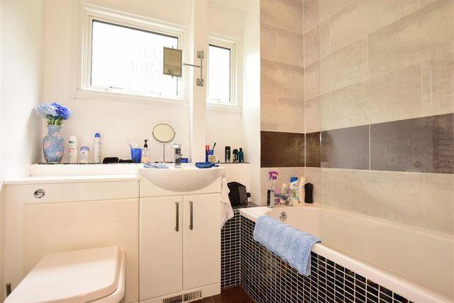 Bathroom of Punch Croft, New Ash Green, Longfield, Kent DA3
