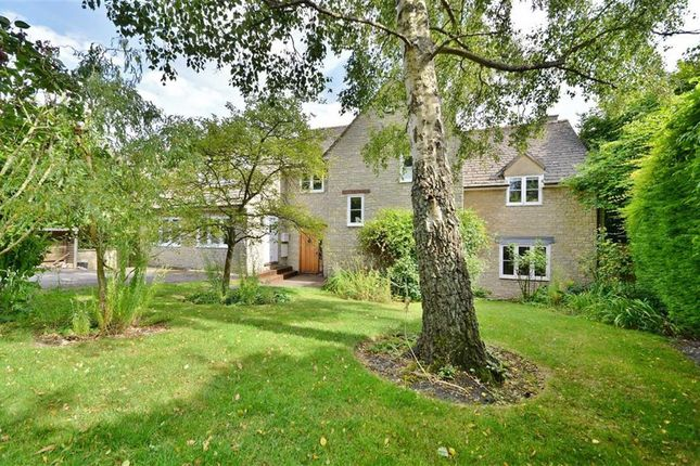 Thumbnail Detached house for sale in Walnut Close, Wootton, Woodstock
