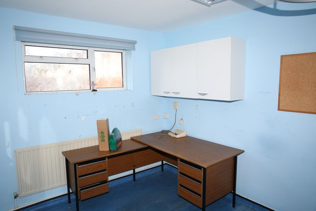 Thumbnail Shared accommodation to rent in Westborough Road, Southend