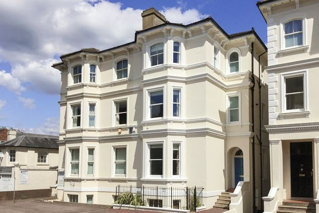 Thumbnail Town house for sale in St. Johns Road, Southborough, Tunbridge Wells