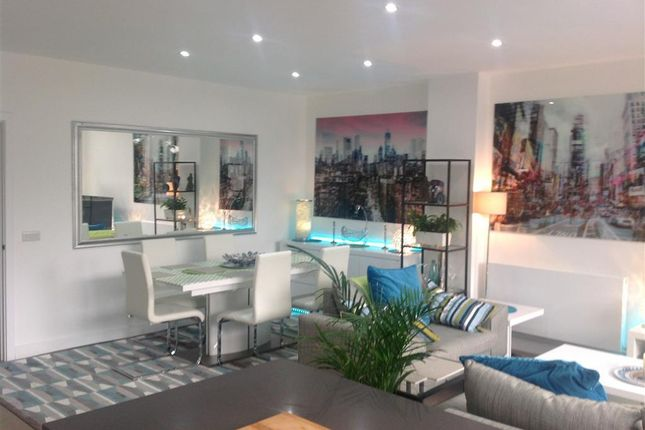 Thumbnail Flat to rent in Hamilton Street, Canton, Cardiff