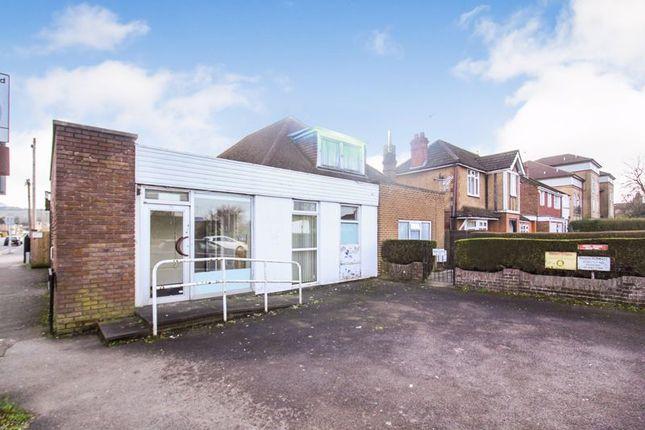 Photo 5 of Swanston Grange, Dunstable Road, Luton LU4