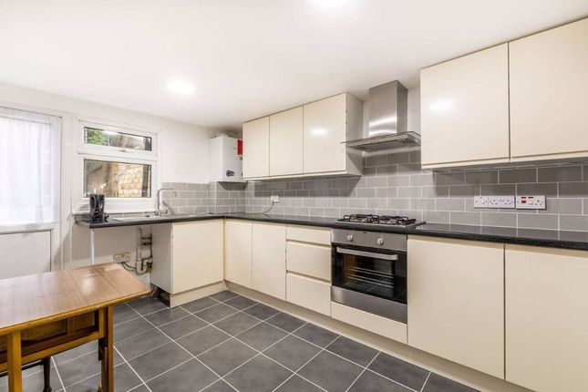 Thumbnail Flat to rent in St Stephens Road, Hounslow