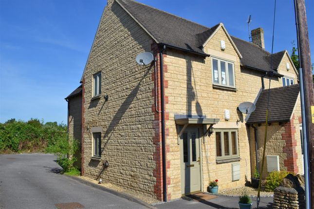 Thumbnail Flat for sale in Cleveley Road, Enstone, Chipping Norton