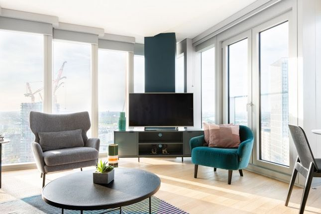 Thumbnail Flat to rent in International Way, Newham