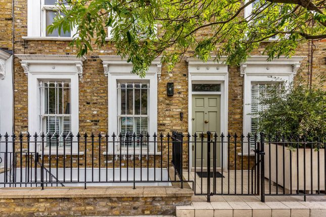 5 bed property to rent in Waterford Road, Moore Park Estate, London SW6