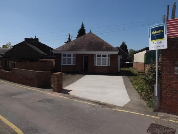 Thumbnail Bungalow for sale in Waltham Abbey, Essex