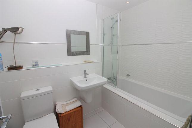 House Bathroom of Mellor Close, Wharfedale Park, Otley LS21