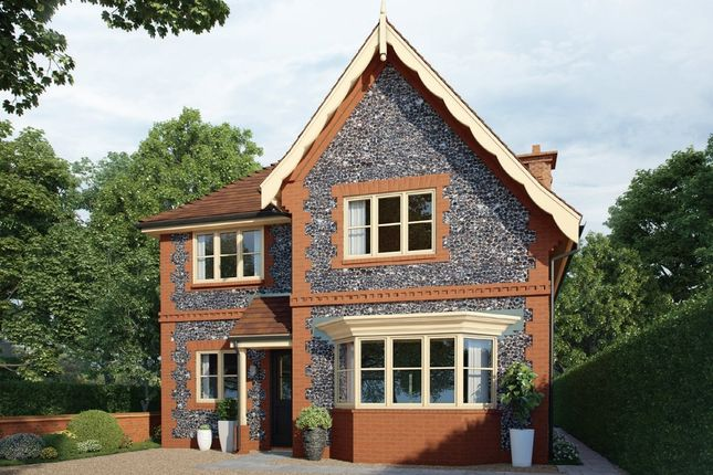 Thumbnail Detached house for sale in Stakes Hill Road, Waterlooville