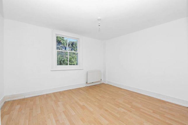 Bedroom of Harfield Gardens, Grove Lane, London SE5