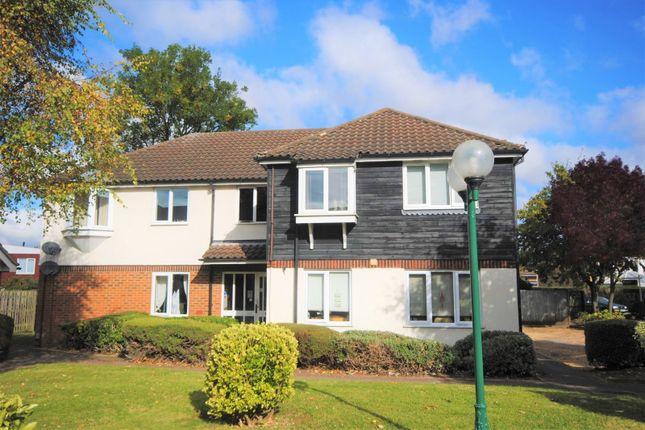1 bed flat for sale in Hazel Gardens, Sawbridgeworth, Hertfordshire CM21