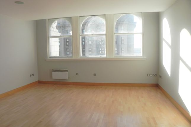 Living Area of Water Street, Liverpool L3