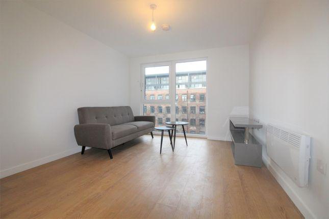 Thumbnail Flat to rent in Victoria Riverside, Atkinson Street, Southbank, Leeds