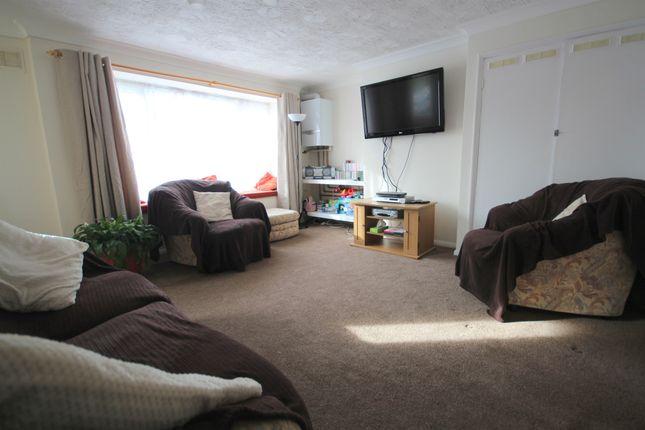 2 bed flat for sale in Everest Way, Hemel Hempstead Industrial Estate, Hemel Hempstead