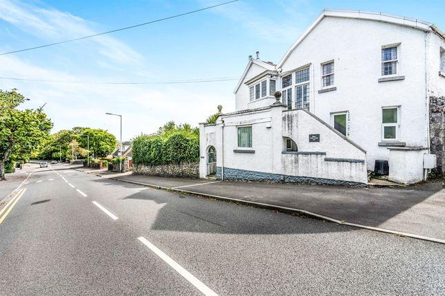 Flat for sale in West Cross Lane, West Cross, Swansea